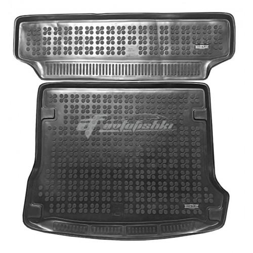 на фотографии коврик в багажник резиновый для Dacia Logan MCV Kombi 2006-2013 года первого поколения в кузове универсал из двух частей черного цвета от Rezaw-Plast