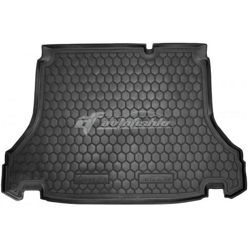 на фотографии резино-пластиковый коврик в багажник для Daewoo Lanos Sedan в кузове седан с 1997 года от украинского производителя Avto-Gumm