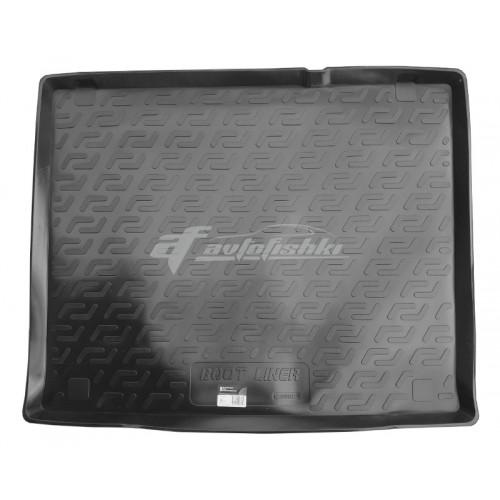 на фотографии резино-пластиковый коврик в багажник на Fiat Doblo 5 местный с 2010 года от Lada Locker