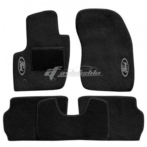 на фотографии ворсовые коврики в салон для Ford Fusion USA с 2012 года черного цвета vena