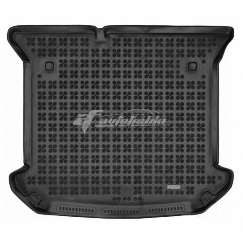 на фотографии коврик в багажник резиновый для Lancia Phedra 2002-2010 года черного цвета от Rezaw-Plast