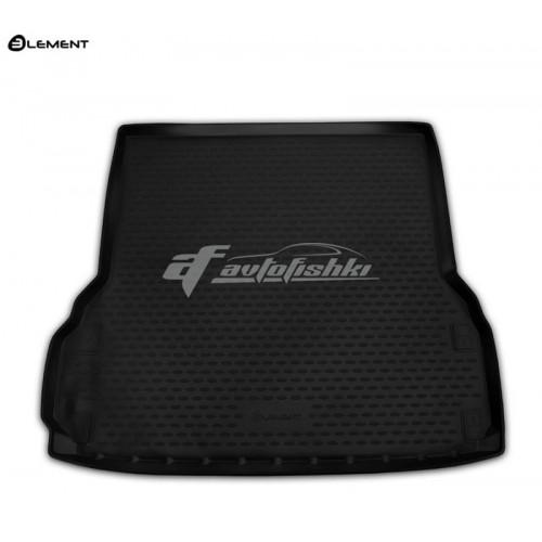 на фотографии резиновый коврик в багажник для Nissan Pathfinder четвертого поколения семь мест длинный 2014-2021 года от Novline