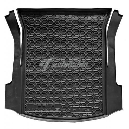 на фотографии резиновый коврик в багажник для Tesla Model 3 задний с 2017 года черного цвета от Avto-Gumm