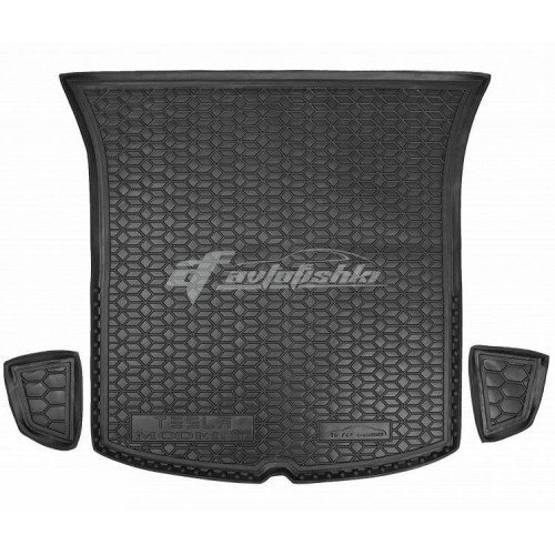 на фотографии резино-пластиковый коврик в багажник для Tesla Model Y с 2020 года от украинского производителя Avto-Gumm
