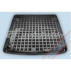 Коврик в багажник резиновый для Seat Exeo ST / Kombi (универсал) 2008-2013 Rezaw-Plast