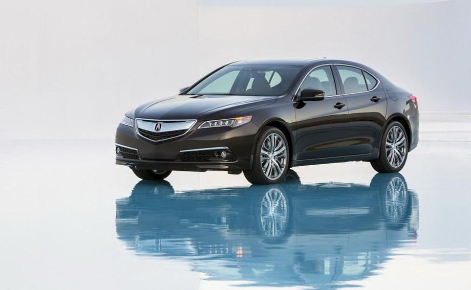 на фото автомобиль Acura темно коричневого цвета